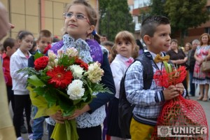 prima zi d scoala la Mihai Eminescu Alba Iulia55