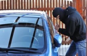 furt din auto