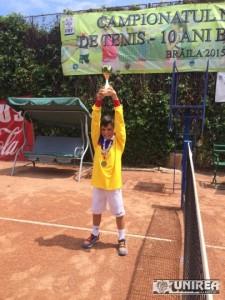 David Manu campion tenis TC Sun 7