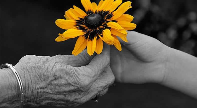 1 octombrie: Ziua Internațională a Persoanelor Vârstnice. La mulți ani, tuturor vârstnicilor! | Ziarul Unirea