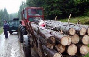 tractor cu lemne