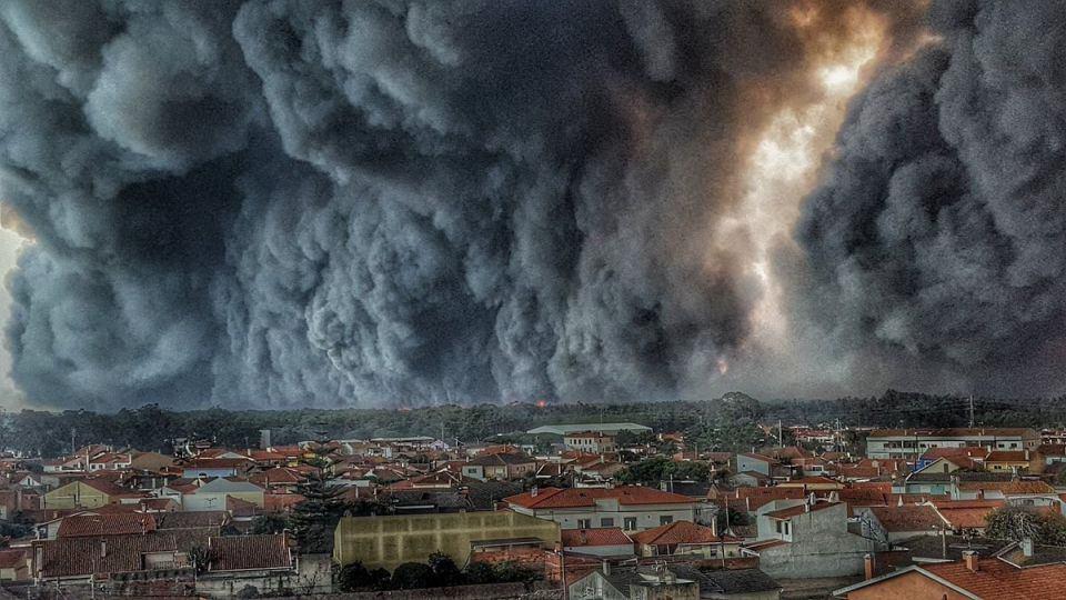 Imagini pentru fum negru imagini