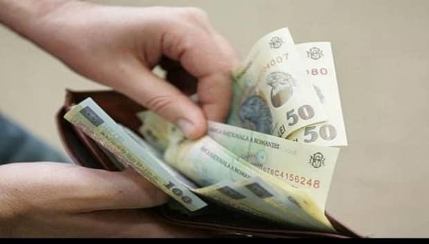 ESTIMARE: Salariile din mediul privat vor creşte cu mai puţin de 5% în 2019