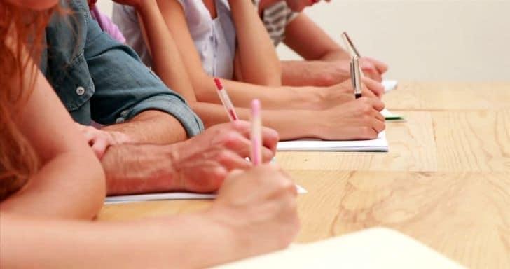 Normele pentru concursul de angajare a cadrelor didactice pe cele 500 de posturi anunțate de guvern, publicate în Monitorul Oficial